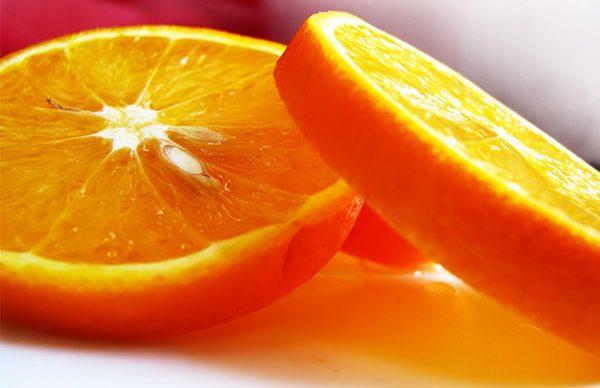 Portakal maskesiyle sivilcelerden kurtulun