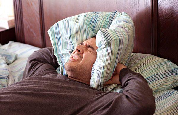 Uykuda diş gıcırdatma (Bruksizm)