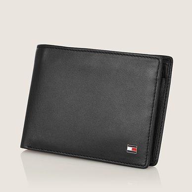 Tommy Hilfiger'in yepyeni cüzdanları