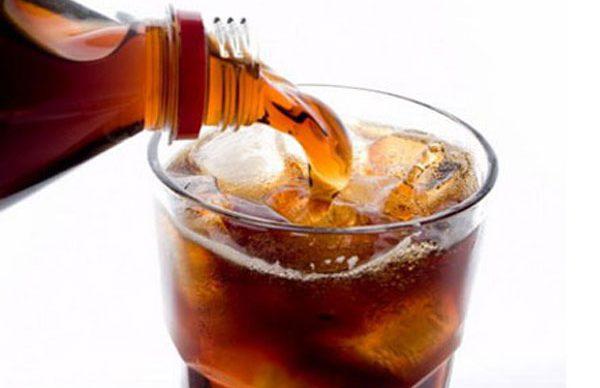 Gazlı içecekler sağlığımızı tehdit ediyor