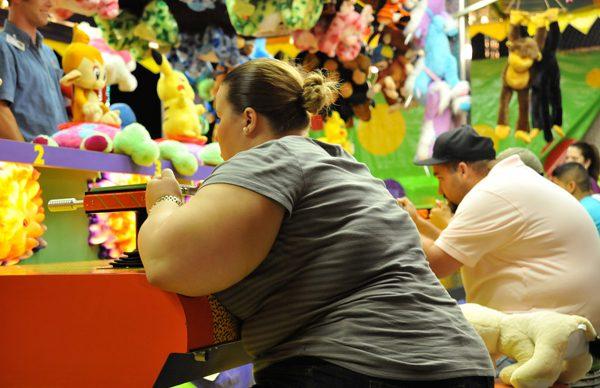 Obeziteyle karşı adım ölçer dağıtılacak